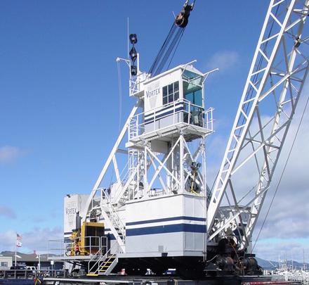 Image of a Vortex derrick, linking to the Vortex Marine Construction derricks page